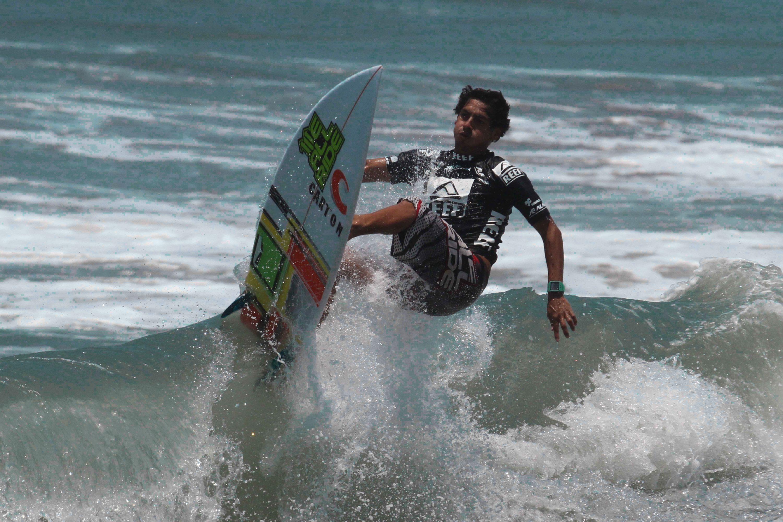 finales de torneo de surf reef mazatlan 2013
